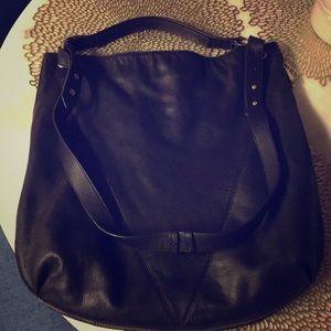 Black Zip around Shoulder Bag